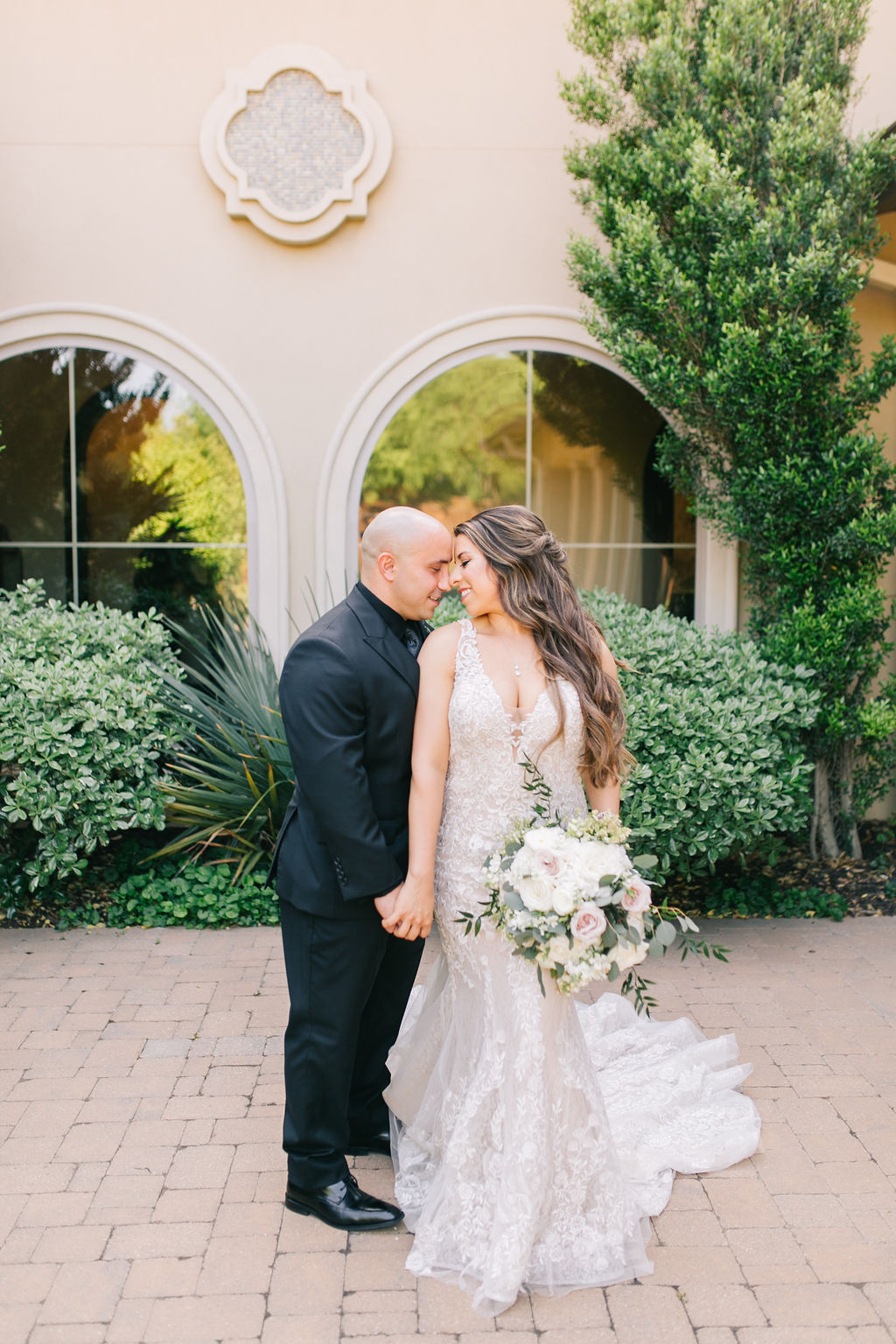 light-and-airy-dallas-fortworth-wedding-photography-bushel-peck1