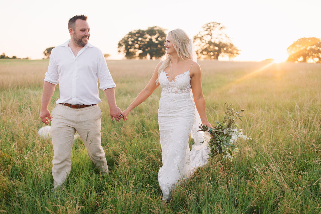light-and-airy-dallas-fortworth-wedding-photography-bushel-peck12