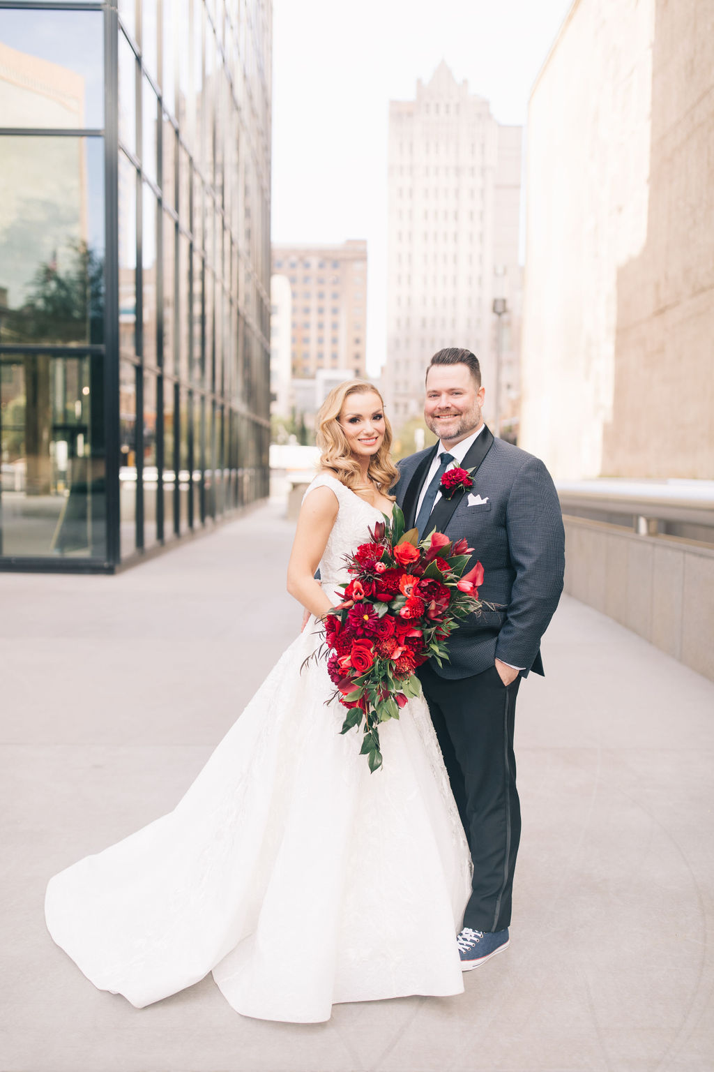light-and-airy-dallas-fortworth-wedding-photography-bushel-peck17